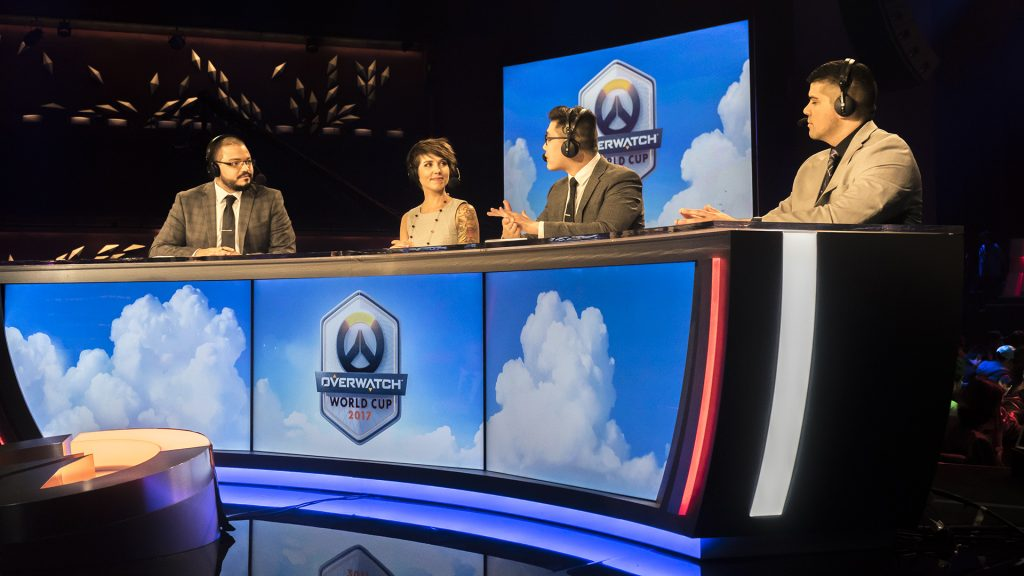 Commentators analyze the competition in Sydney.