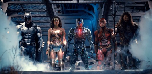 New Justice League Photo from USAToday